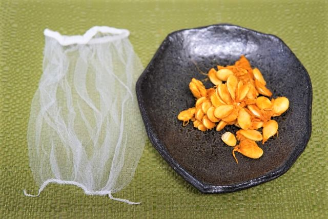 ハムスターのおやつ かぼちゃの種の作り方